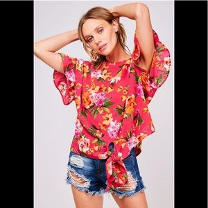 2 for $40❤️fuchsia floral top